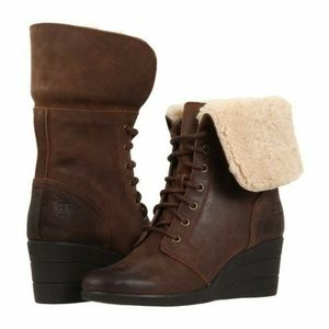 UGG UPTOWN ZEA LEATHER WEDGE BOOTS